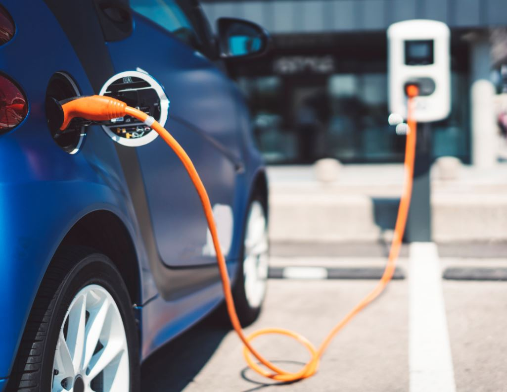 ELECTRIC DRIVING: FREE CHARGING DISCONTINUED MAY 1 THIS YEAR